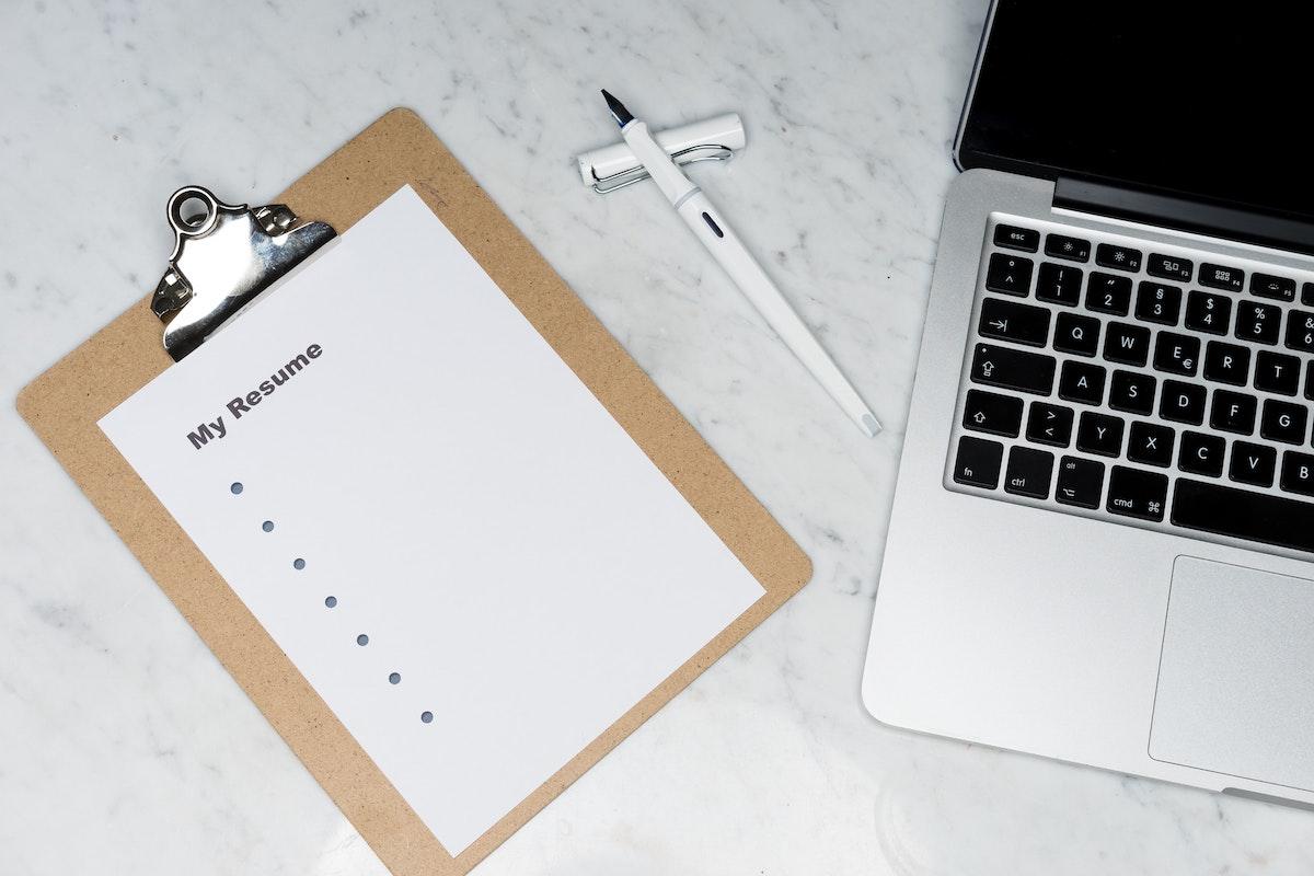 履歴書の作成手順とは?|履歴書の4つのポイントを詳しく解説!の画像1