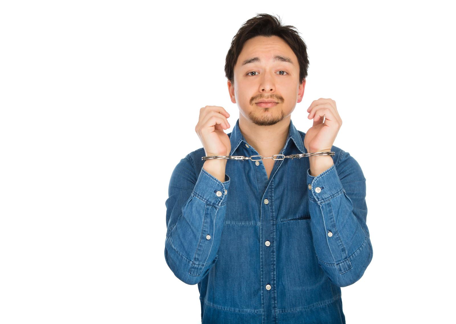 履歴書や職務経歴書の詐称は罰せられる?知らないと損する転職の常識!