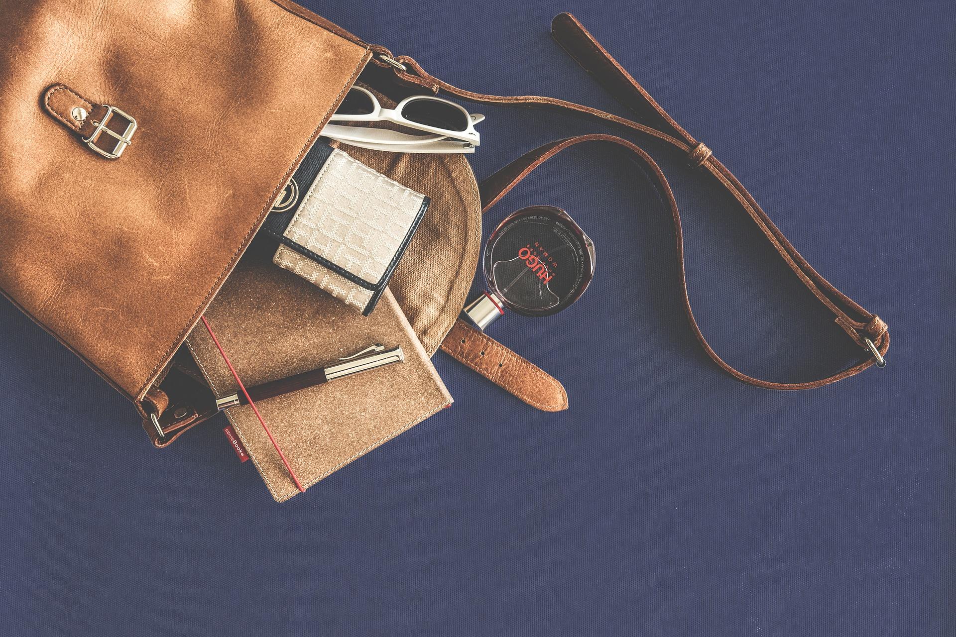 【転職面接】バッグ選びのポイントと面接に向かないNGバッグとは?の画像5