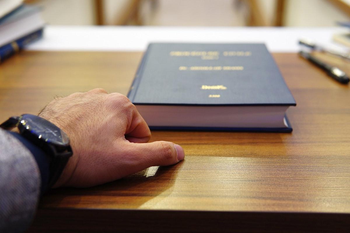 企業法務の資格7選|法務に本当に求められる知識・スキルとは?の画像1